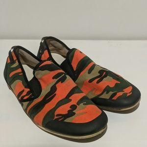 Camo slip-on casual loafers. Zara Man.